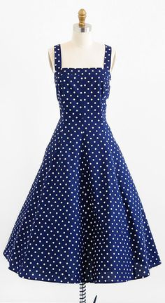 vintage 1950s style polkadot dress | retro rockabilly dress | http://www.rococovintage.com #rockabilly