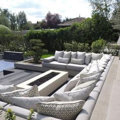 What a perfect spot to enjoy some winter sunshine! A gorgeous fire🔥, some very sexy cushions 🤩 and a nice glass of red🍷. That's why we love winters in Australia! Garden Cushions, Garden Sofa, Garden Furniture Sets, Diy Garden, Outdoor Garden Furniture, Outdoor Decor, Sunken Patio, Sunken Fire Pits, Fire Pit Seating