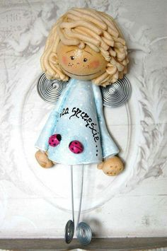 !!! Creative Crafts, Diy And Crafts, Christmas Angels, Christmas Ornaments, Clay Angel, Salt Dough Crafts, American Country, Ceramic Clay, Art Dolls