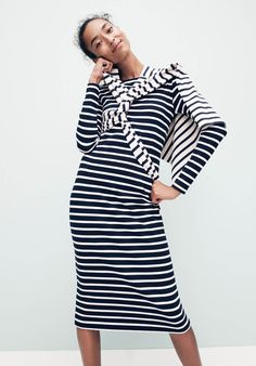 Crew women's long-sleeved striped dress and Saint James® unisex Meridien II nautical T-shirt. Fall Fashion 2016, Over 50 Womens Fashion, Fall Fashion Trends, Autumn Fashion, Fashion Brands, Work Fashion, Nautical T Shirts, Long Sleeve Striped Dress, Stripes Fashion