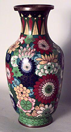 Asian Chinese accessories urn/vase cloissone