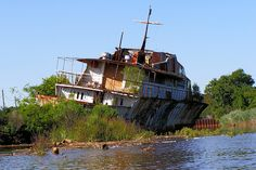 Luxury Yacht Ship Wreck, Raritan River, New Jersey by jag9889, via Flickr