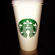 Starbucks  Me encantaría tener un o debajo de mi casa...