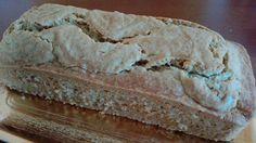 Plum cake vegano di farro al profumo di limone. Vegan Plum cake with spelt flour and lemon