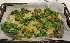 Curried kale chips