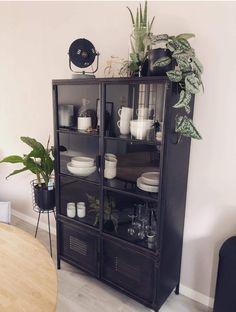 Unique Living Room Furniture, Home Living Room, Living Room Decor, Antique Dining Tables, Happy New Home, Elegant Homes, Dining Room Design, Modern Interior Design, Interior Inspiration