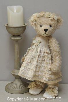 Artist Bears and Handmade Teddy Bears Teddy Bear Images, Mini Teddy Bears, Teddy Bear Pictures, Vintage Teddy Bears, Tedy Bear, Teddy Bear Clothes, Bear Doll, Cute Bears, Panda Bear