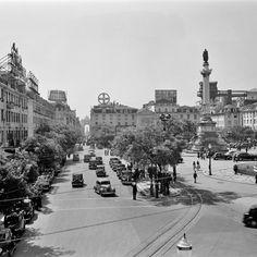 © Estúdio Horácio de Novais / Rossio e a Rua Augusta 1950