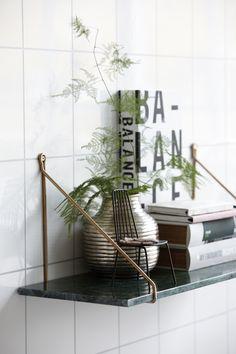 House Doctor Green Marble Shelf With Brass Brackets - Trouva House Doctor, Marble Shelf, Marble Wall, Black Shelves, Wood Shelves, Brass Shelf Brackets, Look Wallpaper, Decoration Chic, Deco Retro