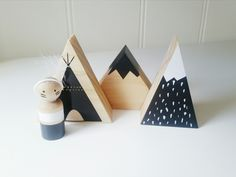 The adorable teepee block and teepee and Indian set. Our teepee block can come in many different colour combinations. Just select your tepee option and let us know what colours you're wanting for block and the rest. Teepee and Indian set includes:1 x Teepee block 1 x Small snow-capped mountain1 x spotted snow-capped mountain1 x Indian peg (includes feather head band)Small monochrome mountain is raw with black snow cap as per photo. Please advise if you're...