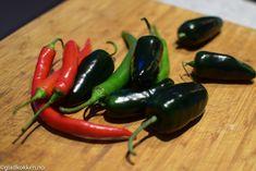 Alt kan syltes   Gladkokken Eggplant, Stuffed Peppers, Vegetables, Food, Stuffed Pepper, Essen, Eggplants, Vegetable Recipes, Meals