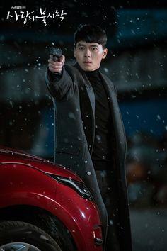 Crash Landing on You (사랑의 불시착) - Drama - Picture Gallery Handsome Actors, Hot Actors, Actors & Actresses, Ahn Jae Hyun, Jung Hyun, Asian Actors, Korean Actors, Korean Dramas, Hyde Jekyll Me