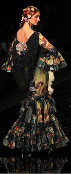Pilar Vera, Simof 2015 Flamenco Costume, Flamenco Skirt, Flamenco Dancers, Dance Costumes, Flamenco Dresses, Live Fashion, Passion For Fashion, Fashion Show, Spanish Gypsy
