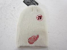 DETROIT RED WINGS REEBOK FACE OFF ESTABLISHED 26 KNIT STOCKING CAP HAT ADULT NWt #Reebok #DetroitRedWings