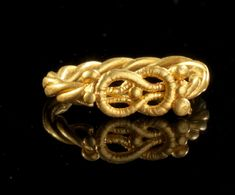 Gold ring with Herakles-Knot. Roman, 1st - 2nd century A.D.