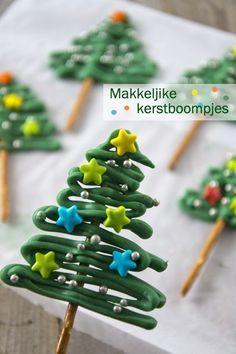 101+ kersthapjes voor traktatie kerstdiner op school; Makkelijk en snelle kinderhapjes maken voor kerstontbijt, high tea of lunch. - Mamaliefde.nl