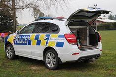 https://flic.kr/p/26oVMCS | KLF 477 | 2017 Holden Captiva LT. Following the demise of the Australian built Holden Commodore, the Captiva is the replacement dog vehicle for the New Zealand Police. This example is based in Timaru and features recently graduated police dog Saba in residence.