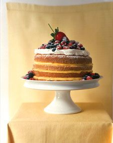 Named for its simple formula (one cup butter, two cups sugar, three cups flour, and four eggs), this classic cake gets a springy spin when layered with custardy lemon curd and topped with sweetened whipped cream and fresh mixed berries. Lemon Desserts, Just Desserts, Dessert Recipes, Lemon Cakes, Spring Desserts, Drink Recipes, Cookie Recipes, Nake Cake, Cupcakes Decorados