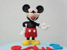Con Corazón de Azúcar: Tarta La Casa de Mickey Mouse y Paso a paso modelado de Mickey