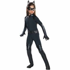 The Dark Knight Rises Deluxe Catwoman Child Costume from Warner Bros. This Catwoman costume is purr-fect… Video Girl Superhero Costumes, Batman Costumes, Super Hero Costumes, Halloween Costumes For Girls, Girl Costumes, 1950s Costumes, Villain Costumes, Clown Costumes, Toddler Costumes