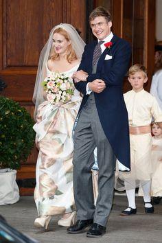 Pin for Later: Ça Porte Quoi une Princesse Pour Son Mariage? Maria Theresia, Princesse de Thurn und Taxis, 2014 La Princesse Maria Theresia de Thurn und Taxis a épousé Hugo Wilson dans une robe Vivienne Westwood.