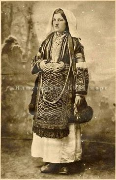 Greek woman from the neighborhood of Kastoria wearing the decorative costume of the Macedonia border. Macedonia People, Macedonia Greece, Greece Girl, Greece Wallpaper, Greek Traditional Dress, Anglo Saxon History, Greek History, Greek Culture, Folk Costume