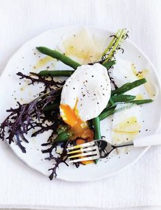 green beans with egg and parmesan