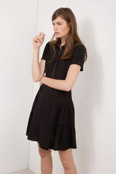 Ces petites robes que l on doit adopter d urgence ce645fa3afc