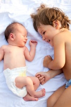 Second Baby Series: 4 Tips to Ease the New Sibling Transition