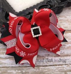Christmas hairbow, Santas belt hair bow, rhinestone bows, holiday bows, baby christmas bows, red hair clips, Santa hairbow, girls christmas on Etsy, $9.49 by CraftoholicMomma228