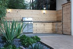 Steal This Look: An Outdoor Kitchen Hidden from the Tourists on Lombard Street