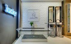 Mezcla de materiales y diseño - baño a1