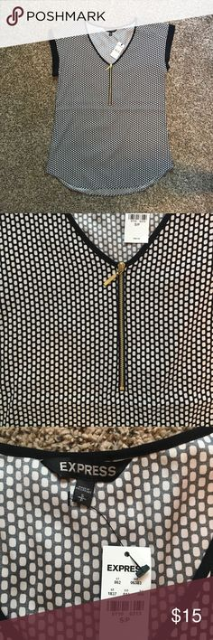Express Zip Front Blouse. Size Small. Never worn. Black and White Blouse. BRAND NEW. Rolled sleeves. Size small. Express Tops Blouses