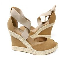 BarefootTess.com B.F.T. by Barefoot Tess 'Ireland' Wedge (Camel)
