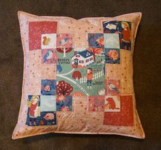 FabricWorm: Tutorial | Four Corners Pillow | by The Fabric Mutt