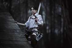 Shingeki no Kyojin: A Choice with no Regrets cosplay (adultmanga.ru/attack_on_titan_… as Levi as Photographer make up and photoediting by -------. A Choice with no Regrets 2 Levi Cosplay, Cosplay Boy, Cosplay Costumes, Noragami, Levi X Petra, Streaming Anime, Vocaloid Cosplay, Anime Cosplay, Attack On Titan Aesthetic
