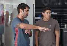 Conca conhecendo o CT com o Doutor Márcio Tannure (Foto: Gilvan de Souza/Flamengo)
