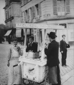 Paris August 1908
