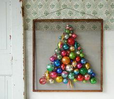 DIY  vintage Christmas ornament tree