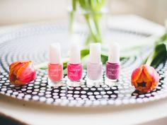 The new Lumene spring nail polishes are here! Blogger Annika O. is creating spring trends with these delicious colors. http://annika-o.indiedays.com/2015/02/24/5-x-kosmetiikkasuosikki/ #lumene #nailpolish