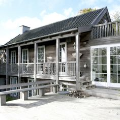 Méchant Studio Blog: House tour: Charlotte's sweet home