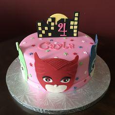 PJ Masks Birthday Cake Pj Masks Birthday Cake, Toddler Birthday Cakes, Birthday Cake Girls, Pjmask Party, Party Ideas, Torta Pj Mask, Festa Pj Masks, Decorator Frosting, Specialty Cakes