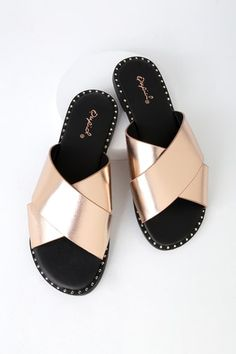 b9a29191fda1 10 Best Rose gold sandal outfits images in 2019
