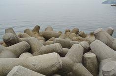 Pier sculpture by Annie Poissant