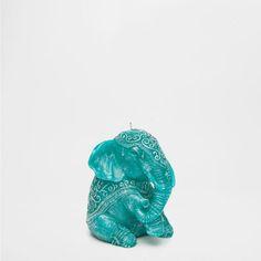 BLUE SEATED ELEPHANT CANDLE