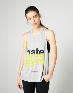 Camiseta sport técnica rayas y texto - Sport Start Moving - Bershka 12,99 €