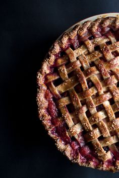 caramel apple blackberry pie.