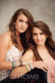 sister photography poses | Sisters pose