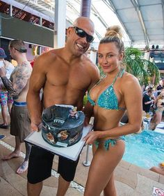 Tito Ortiz and Amber Nichole Miller at Marquee Dayclub Dome (Photo credit: Mike Kirschbaum/Tony Tran Photography).