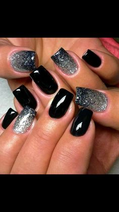 Black nails with ombré glitter accent nails